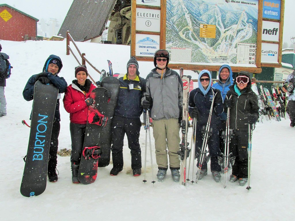 USC ASCE members at the 1st Annual CEE Department Ski Trip at Big Bear Mountain